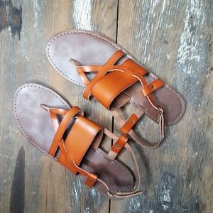 Shoes - Strappy boho chic sandals